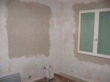Walls flattened with bonding plaster